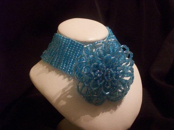 Bracelet - Iridescent aqua seed bead 7 1/2 inch  B80  (BA)