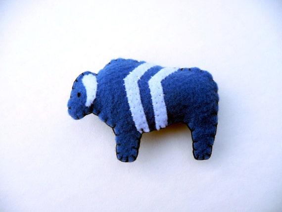 Buffalo chevron totem magnet, number 3