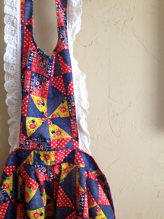 SALE Vintage Patchwork Printed  and Lace Trimmed Adorable ladies Apron
