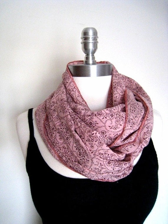 Flower patterns infinity scarf in light crinkled cotton