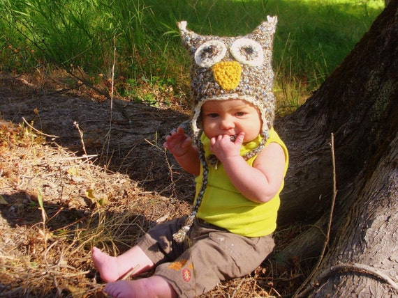 Baby owl hat with earflaps, baby hat, costume -  This crochet, animal hat is neutral and can be used for a boy or girl.  Fits 0- 6 months.