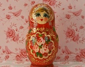 LOVELY gift for VALENTINE'S DAY: Raspberry Pink/Red Russian/Matryoshka dolls, set of five beautifully painted