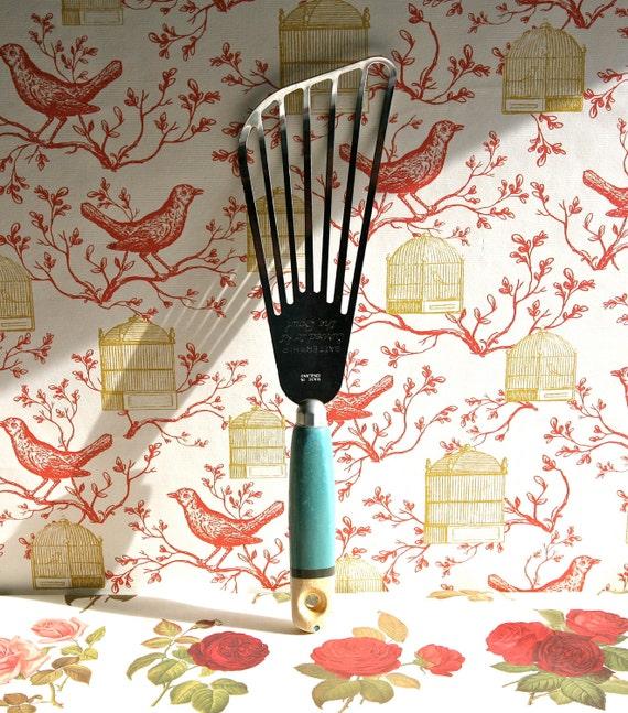 Vintage Batterwhip Kitchen Whisk