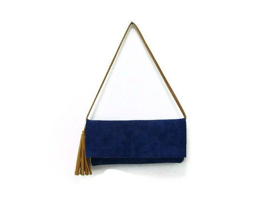 Blue suede small bag with tassels