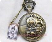 HOGWARTS EXPRESS----Harry Potter Locomotive Pocketwatch with train ticket-------sale