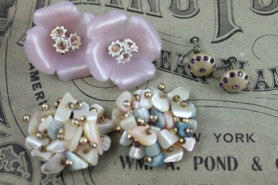 Destash Lot of Vintage Pearlized Earrings