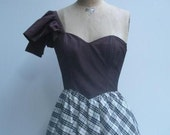 Vintage late 1970 Gunne Sax by Jessica McClintock evening dress.