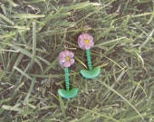 Pierced Earrings Pretty in Pink Pressed Glass Flowers