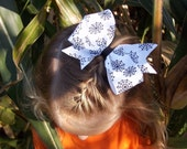 Halloween white and black spider web boutique hair bow