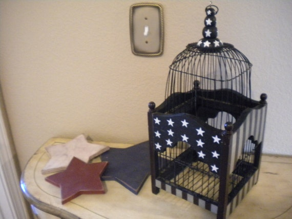 Stars and Stripes Forever. Americana Birdcage.