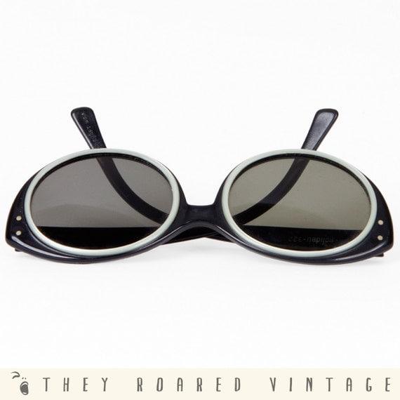60s Sunglasses Black White Plastic Pinup Cat Eye Vintage