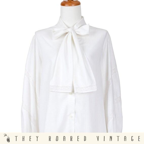 70s Vintage Shirt White Pussycat Bow Secretary Blouse Long Sleeve Large