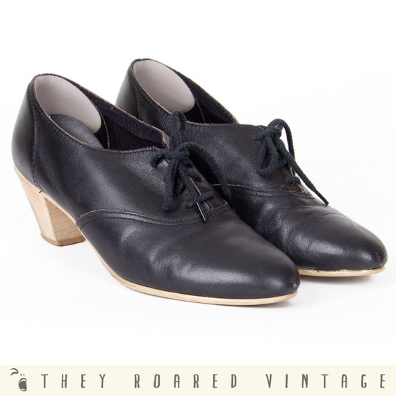 80s Vintage Shoes Oxfords Black Leather Town & Country 7.5