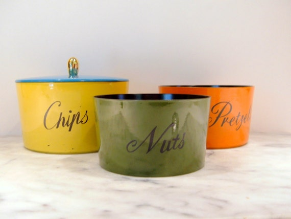 Retro Party Set, Chips Nuts Pretzel Bowls, Nesting Snack Bowl Set in MultiColors, Barware Decor