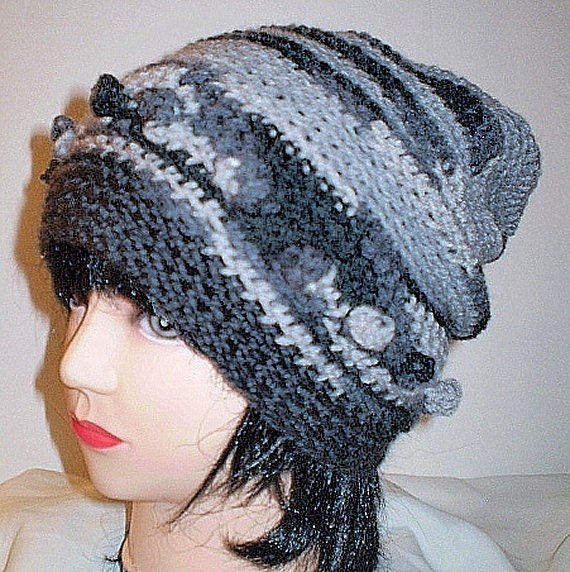Charcoal Slouch with Bobbles Hat Unisex Med/Large