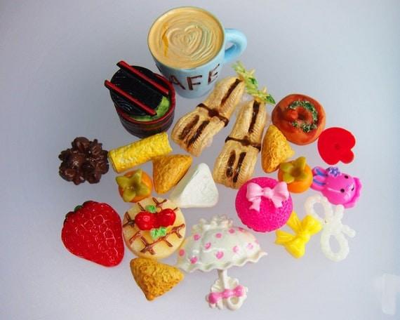 120 - Sweet decorative cabochons - 21 pieces - LOT