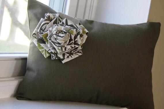 Secret Garden Floral Pillow Cover 12x16
