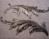 Metal flourish to add to furniture or crafts