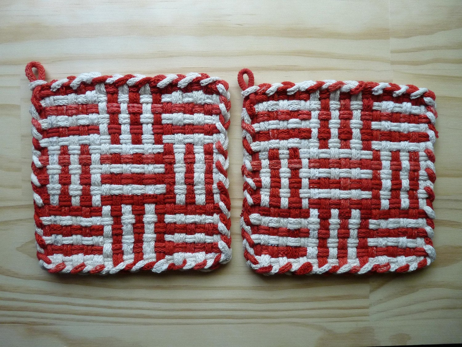 Red and White Log Cabin Pattern Pair of Woven Cotton by taramade