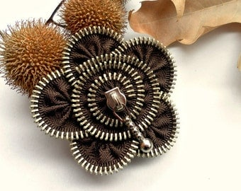 Flower brooch, zipper jewelry, Brown Zipper Pin. 2.8 in/ 7 cm,eco friendly, recycled jewelry