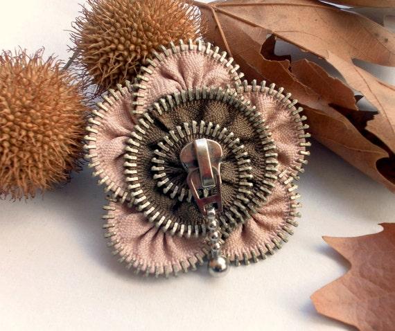 Fabric brooch, recycled jewelry, zipper brooch, eco friendly jewelry, flower brooch, Zipper Pin. 2.8 in/ 7 cm, gift ideas for women