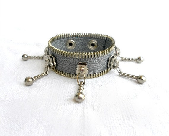 Steampunk jewelry, Zipper bracelet, handmade jewelry, gifts for her, Grey, eco friendly, recycled jewelry, steampunk bracelet,