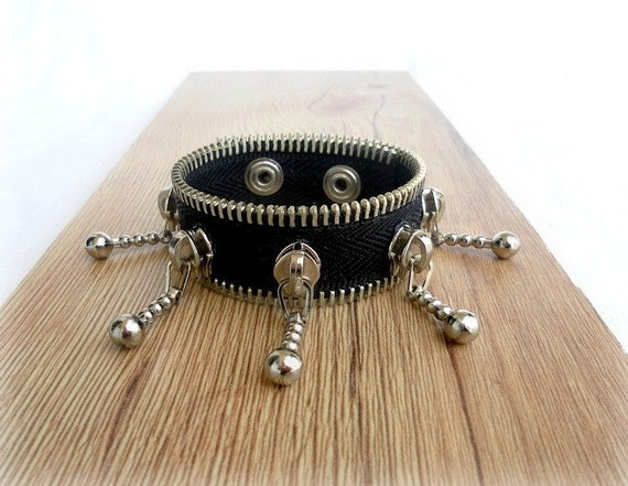 Zipper steampunk bracelet, black eco friendly, recycled jewelry, zipper bracelet