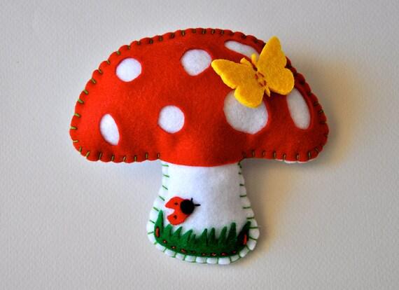 cute mushroom brooch pin