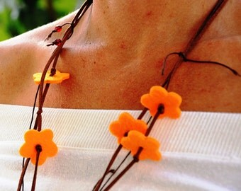 Spring Flowers Necklace , Felt Jewelry Ecofriendly, Floral Necklace, Bohemian Flower Girl