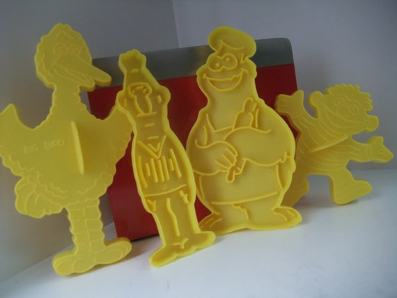 Fun Sesame Street Cookie Cutters, 1977, Bert Ernie Big Bird Cookie Monster