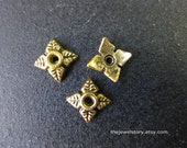 50 pcs Antique Golden Bead Cap, 6mm x 6mm x 2mm, hole: 2mm  - 201109c15