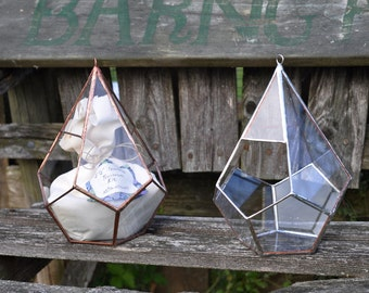Teardrop Terrarium, teardrop glass terrarium with dodecahedron base in copper or silver color -- hanging terrarium -- eco friendly