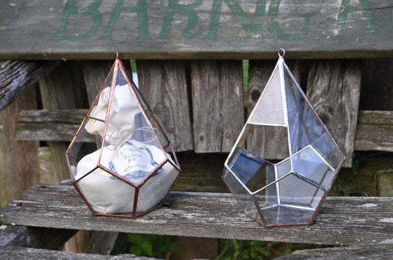Teardrop Terrarium, teardrop glass terrarium with dodecahedron base in copper or silver color -- hanging terrarium -- eco friendly