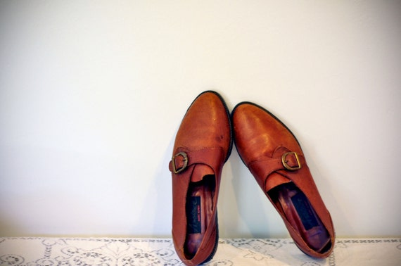 Vintage Saddle Brown Side Buckle Oxfords Womens size 7