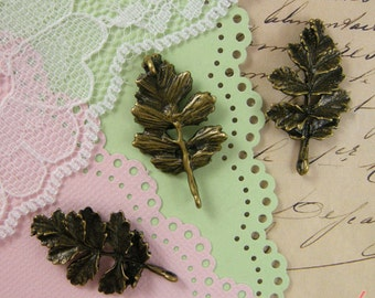 Leaf Charms Antique Bronze Leaf Charm Connector Charm Leaves Charm Small Charm Vintage Style Pendant Jewelry Supplies (BB153)