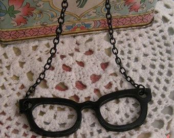 1 Pc Large Eye Glasses Pendant Black Glasses CHAIN INCLUDED