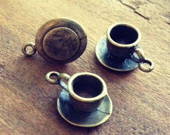 4 Pcs Teacup Charms Antique Bronze Alice in Wonderland Small Charm Vintage Style Pendant Charm Jewelry Supplies (BD134)