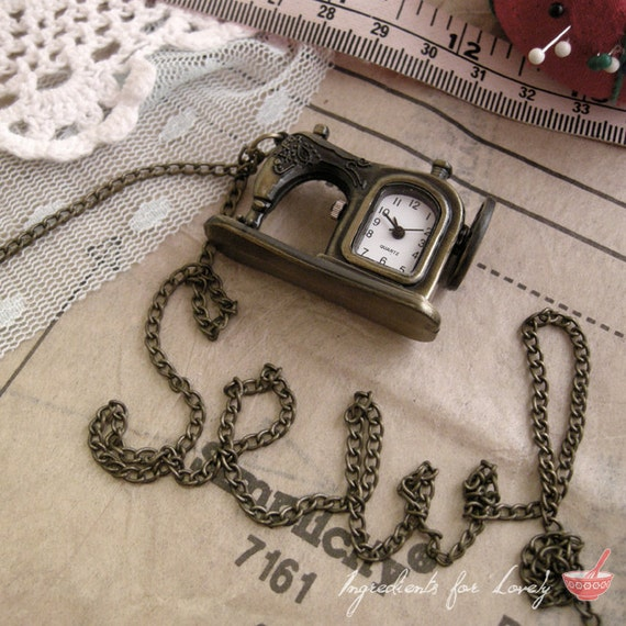 1  - Pocket Watch Necklace, Sewing Machine, Antique Bronze, Really WORKS, Vintage Necklace Pendant  (BB009)