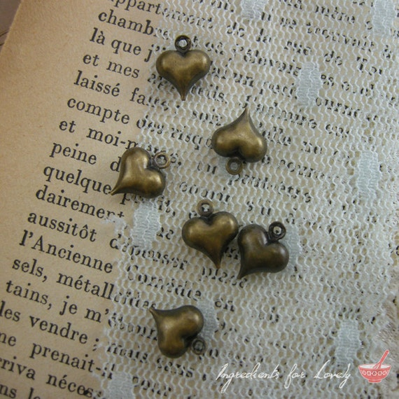 BUBBLE Heart Charms Antique Bronze Love Charm Heart Charm Valentine Charm Hearts Vintage Style Pendant Charm Jewelry Supplies (BA109)