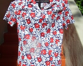 Womens Red White and Blue Flora Blouse/ Size Medium