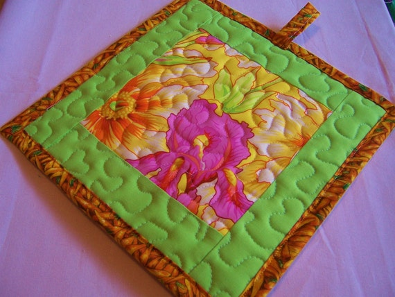 Quilted Pot Holders - Mitten Pot Holders - Large Pot Holders - Trivet Pot Holders - Fabric Pot Holders - Twosided Pot Holders -