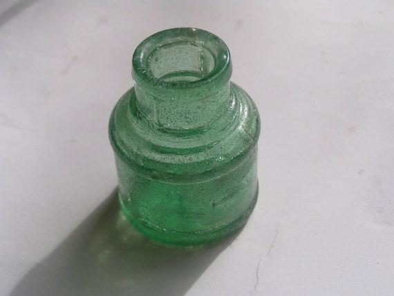 Vintage ink bottle - Sweet little green glass bottle