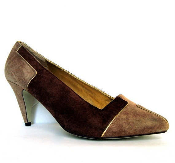 RESERVED For Lidia- Vintage 80s Tan Suede Pump 8
