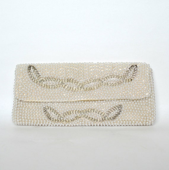 Vintage 60s White Pearl and Silver Beaded Clutch