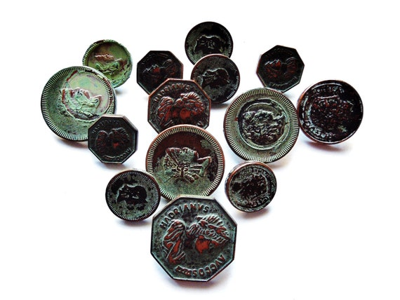 VINTAGE: 14 Novelty Rusted Copper Coin Buttons - Plastic Novelty Coins