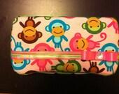 Urban Zoologie Monkeys Spring Wipe Case. FREE SHIPPING