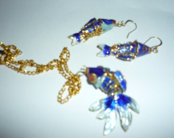 Gorgeous Fish necklace and earrings set in blue