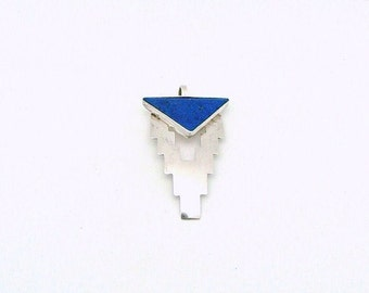 Vintage Sterling Silver and Lapis Pendant