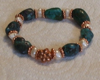 Freshwater pearl and turquoise stretch bracelet.