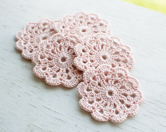 Set of 5 crochet flower appliques Pale pink Pastel pink Birthday Party Decoration Wedding decoration Embellishment